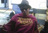 Snuggie-BrunoMars